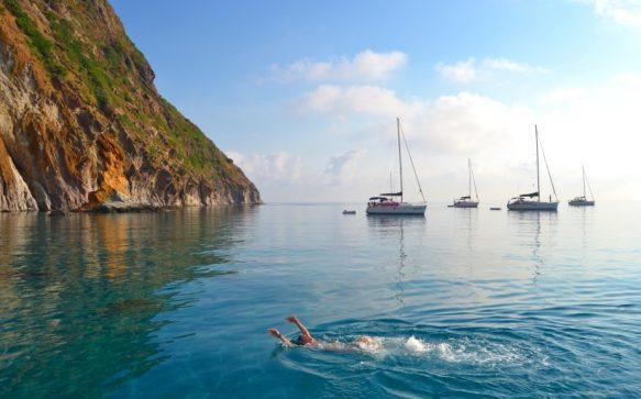 La bellezza è un'isola, nel mezzo del Mediterraneo