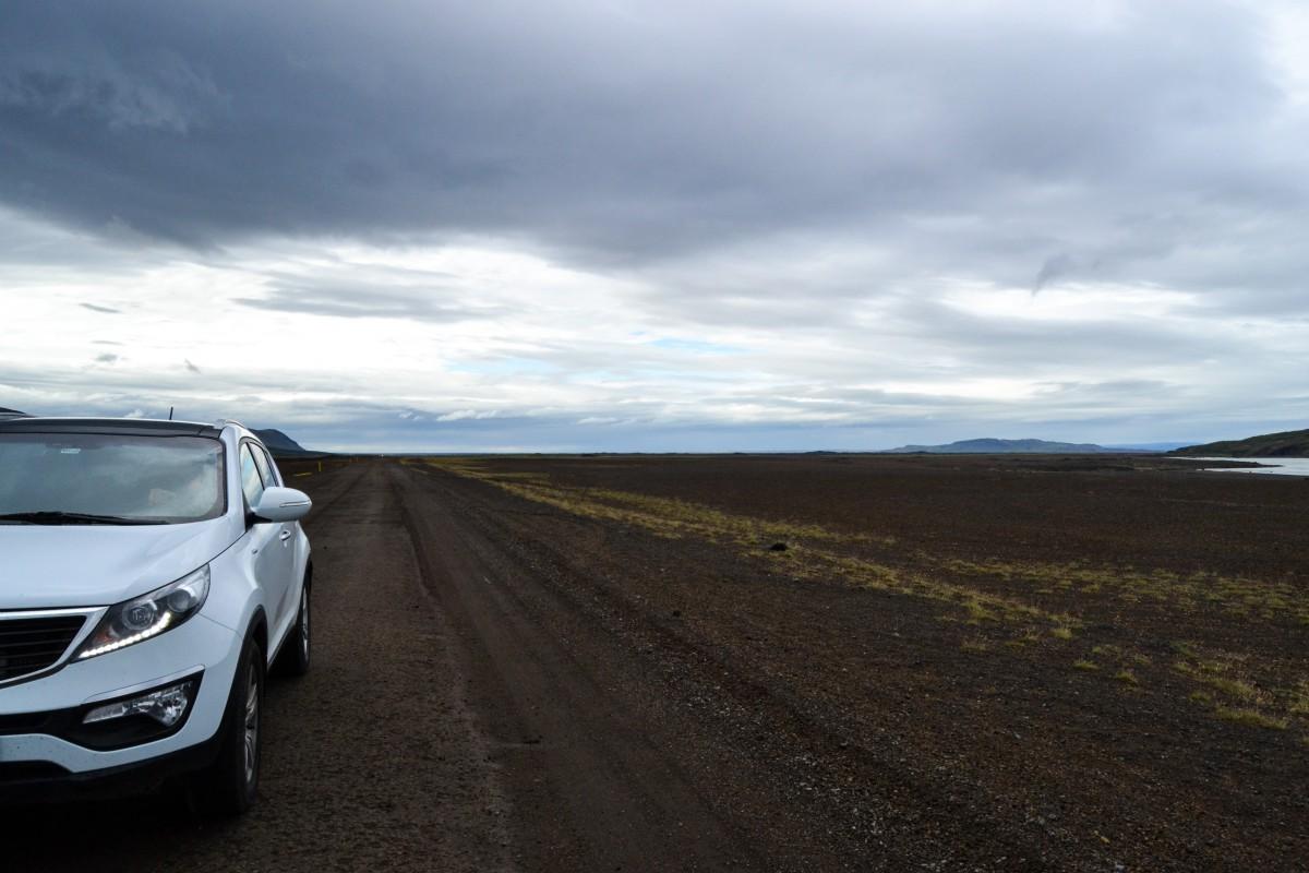 Islanda rent a car
