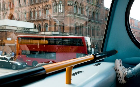 Dal West End all'East End: scoprire Londra a bordo di un bus